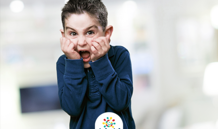 10 طرق فعالة لمواجهه خوف طفلك .
