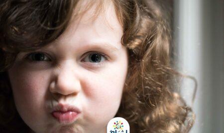 كيف تواجه سلوك العند المتكرر عند طفلك ب 10أساليب و طرق تربوية فعالة :